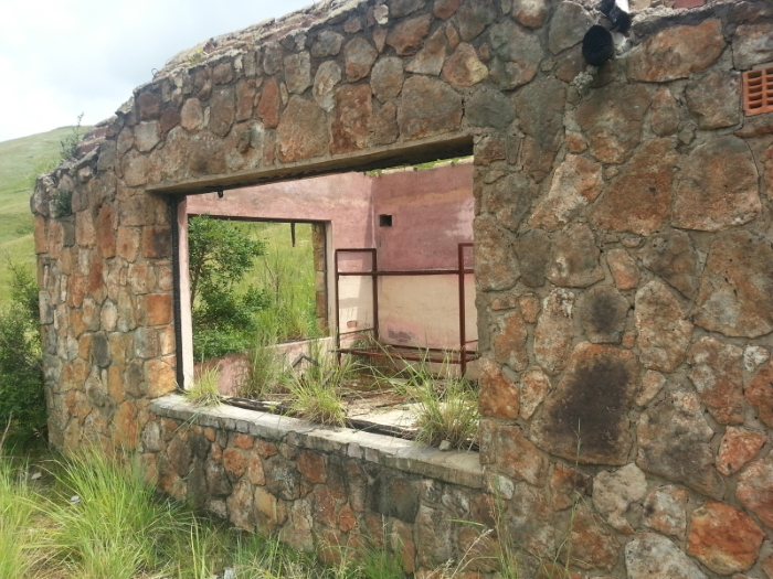 meander hut