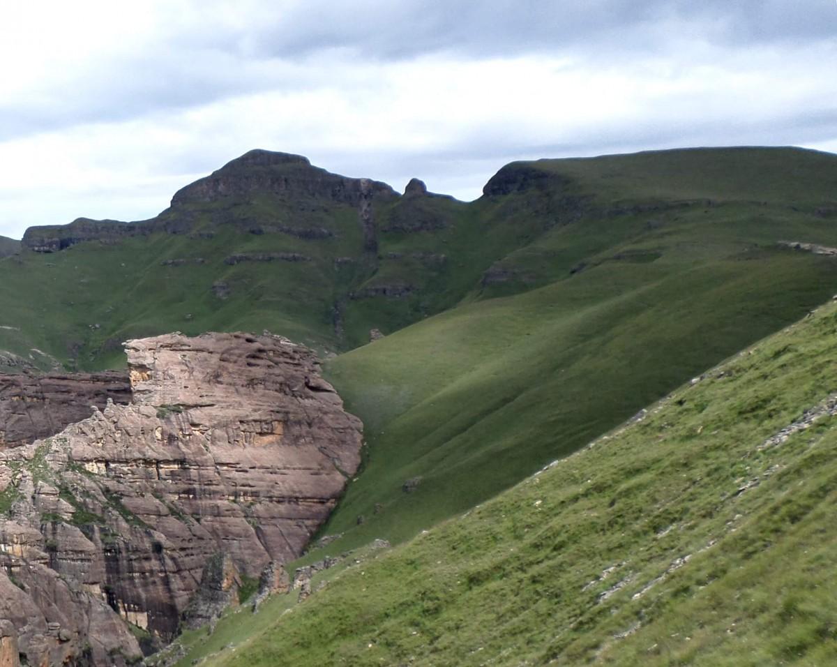 Senotlolong (Thamathu) Peak