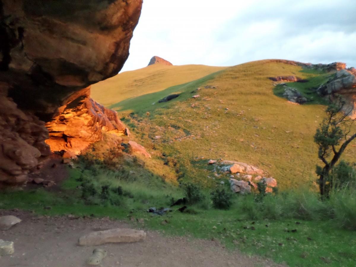 Thamathu Cave
