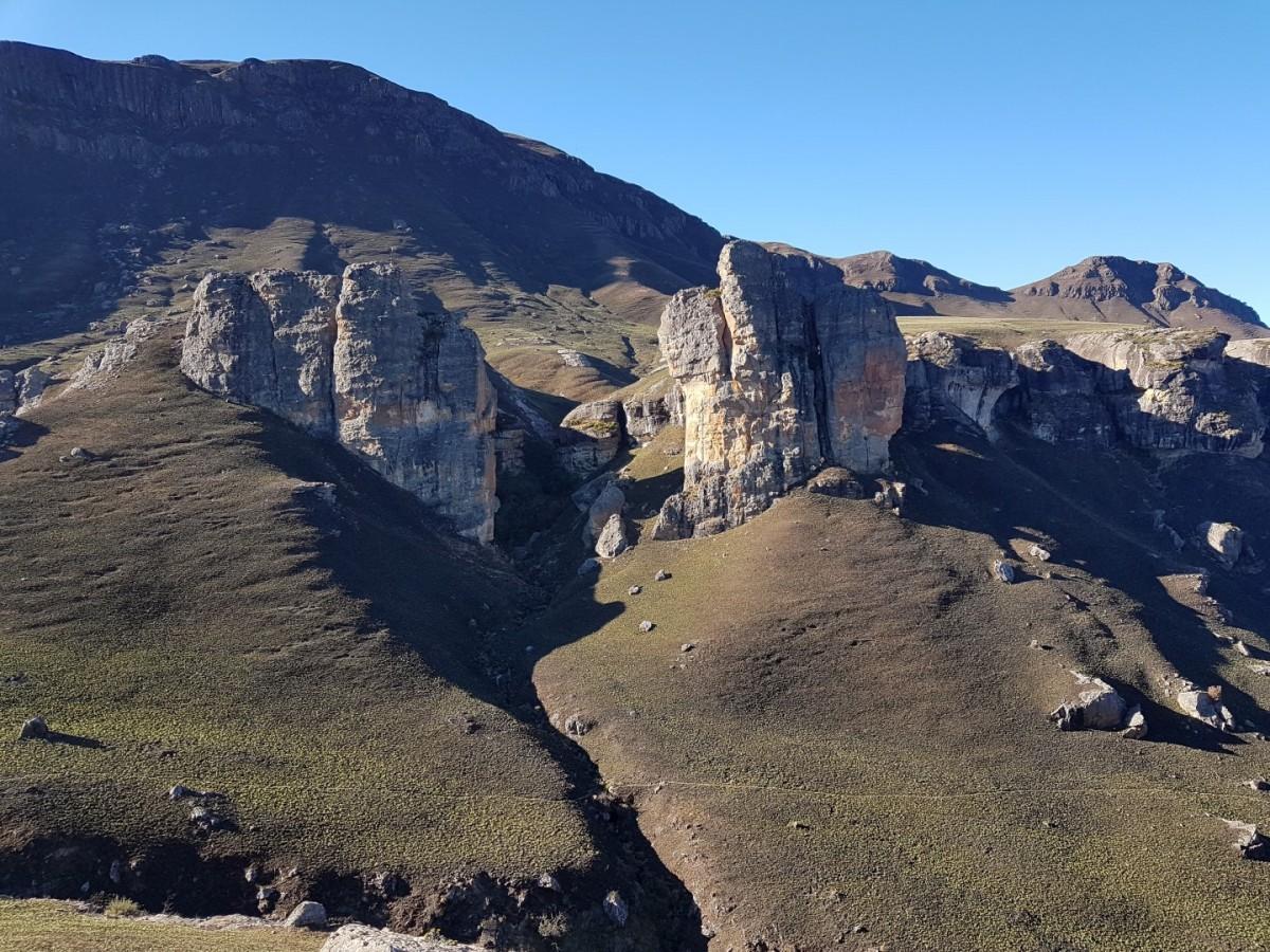 Mzimkulwana Hut to Lakes Cave
