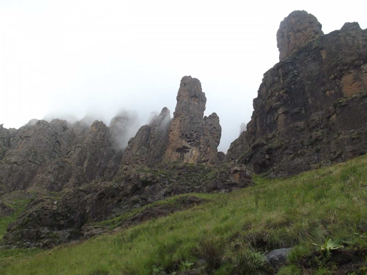 Organ Pipes Pass from Cathedral Peak Reserve