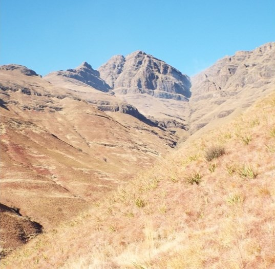 Dagga Neck / Kgotjwane Pass