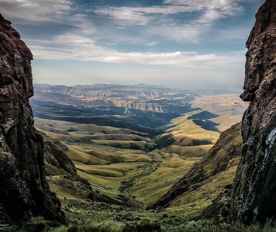 Giant's Castle Pass