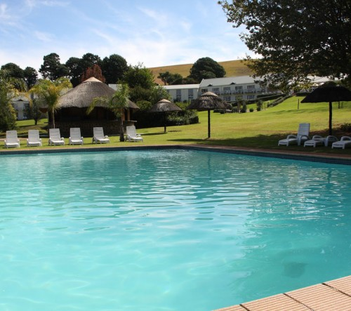 Drakensberg Accommodation Hotels: Mont Aux Sources Hotel & Resort