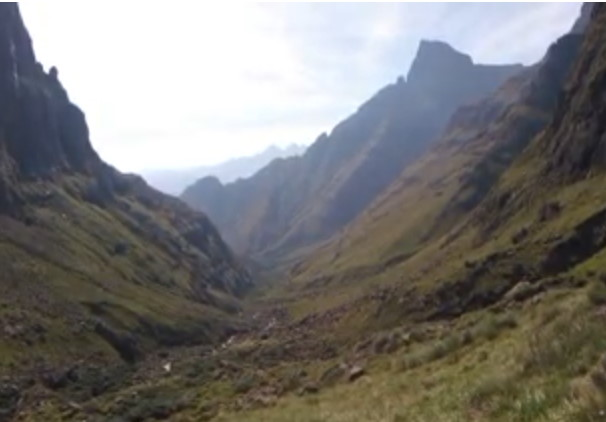 Mnweni / Rockeries Drakensberg Loop EVERYTHING YOU NEED TO KNOW